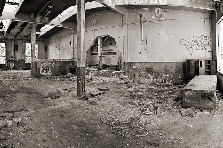 Henry Gottardi fabbrica abbandonata Mori